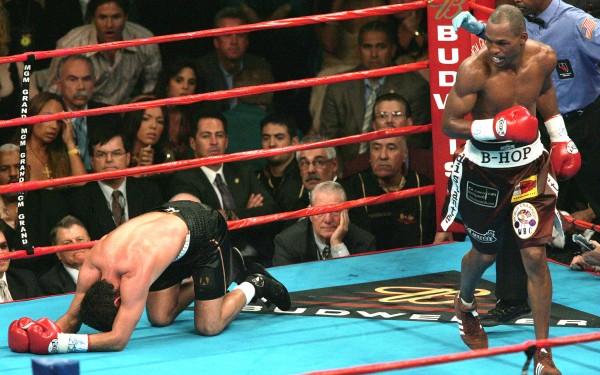 Bernard Hopkins Oscar De La Hoya - Doug Benc Getty Images