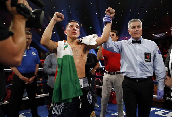 Oscar Valdez Chris Avalos - Mikey Williams5