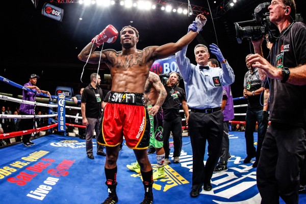 SHOBOX-FIGHT NIGHT-HURD WINS-11142015-7364