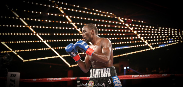 Terence Crawford vs. Hank Lundy - Marilyn Paulino (1)