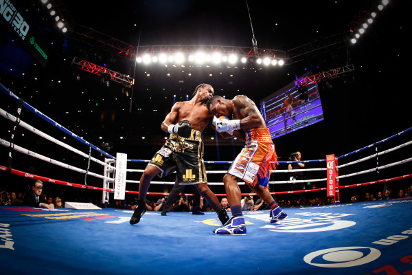 LR_FIGHT NIGHT-CHARLO VS JACKSON-TRAPPFOTOS-05212016-1090