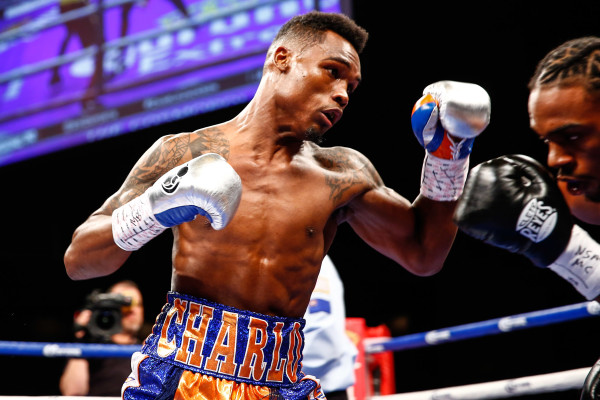 LR_FIGHT NIGHT-CHARLO VS JACKSON-TRAPPFOTOS-05212016-1350