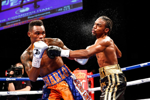 LR_FIGHT NIGHT-CHARLO VS JACKSON-TRAPPFOTOS-05212016-1455