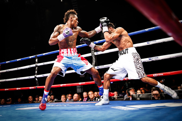 LR_FIGHT NIGHT-CHARLO VS TROUT-TRAPPFOTOS-05212016-1855