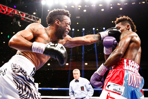 LR_FIGHT NIGHT-CHARLO VS TROUT-TRAPPFOTOS-05212016-1979
