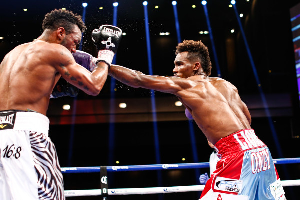 LR_FIGHT NIGHT-CHARLO VS TROUT-TRAPPFOTOS-05212016-2047