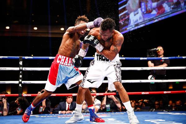 LR_FIGHT NIGHT-CHARLO VS TROUT-TRAPPFOTOS-05212016-2103