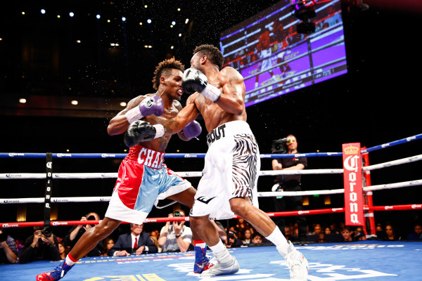 LR_FIGHT NIGHT-CHARLO VS TROUT-TRAPPFOTOS-05212016-2167