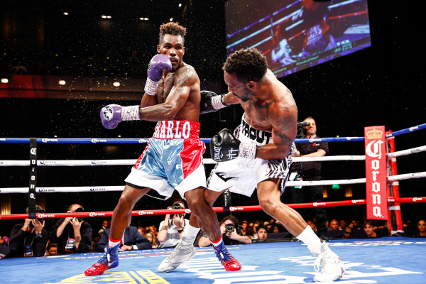 LR_FIGHT NIGHT-CHARLO VS TROUT-TRAPPFOTOS-05212016-2315
