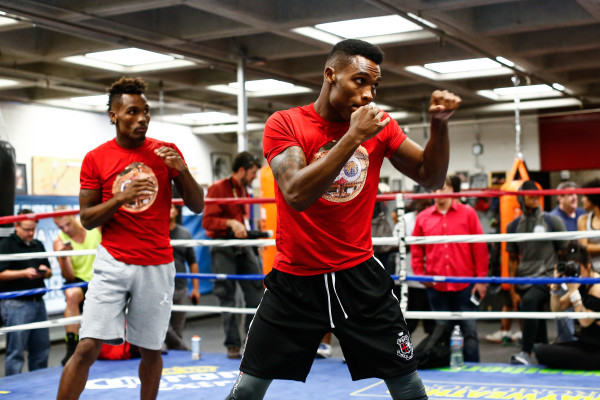 LR_MEDIA WORKOUT-CHARLO BROTHERS-TRAPPFOTOS-05182016-4986