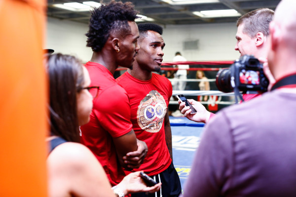 LR_MEDIA WORKOUT-CHARLO BROTHERS-TRAPPFOTOS-05182016-5005