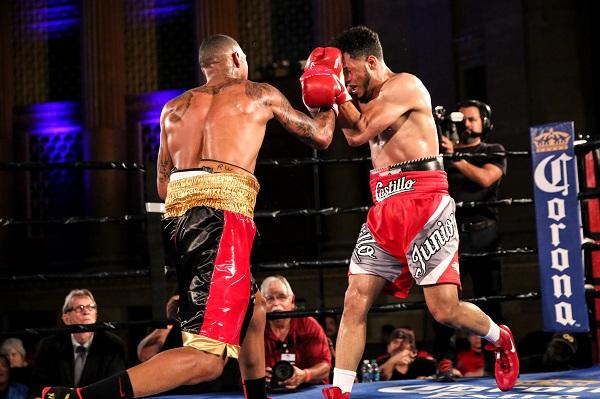 DeLoach vs Castillo_Fight_Dave Nadkarni _ Premier Boxing Champions (1)