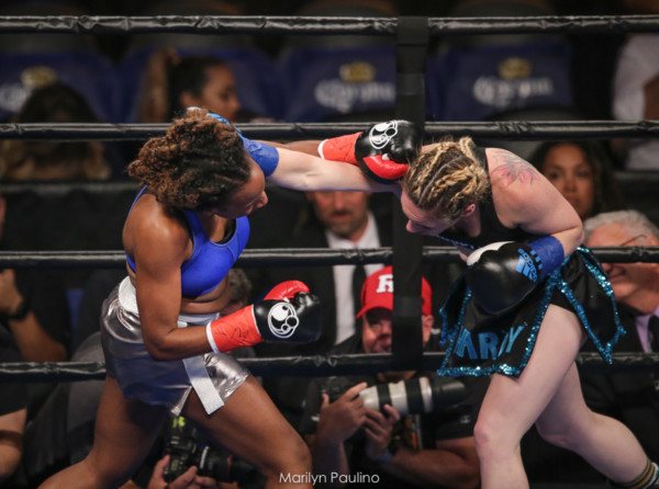Heather Hardy vs . Kirstie Simmons - MVP RBRBoxing (12)