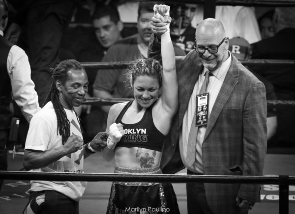Heather Hardy vs . Kirstie Simmons - MVP RBRBoxing (5)