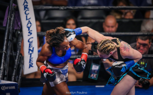 Heather Hardy vs . Kirstie Simmons - MVP RBRBoxing (8)