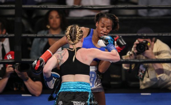 Heather Hardy vs . Kirstie Simmons - MVP RBRBoxing (9)