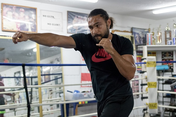 Keith Thurman Camp Visit - May 2016_Training camp_Ryan Hafey _ Premier Boxing Champions