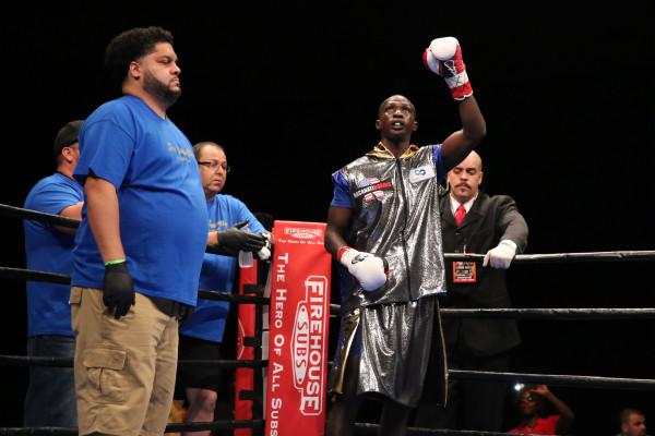 Lo Greco vs Elegele_Fight_Dave Nadkarni _ Premier Boxing Champions (1)