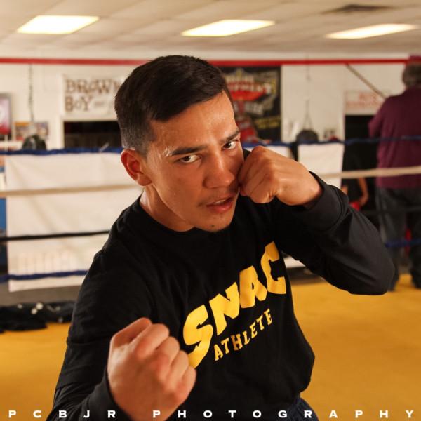 Mike Alvarado Media Day - Jr. Barron RBRBoxing (20)