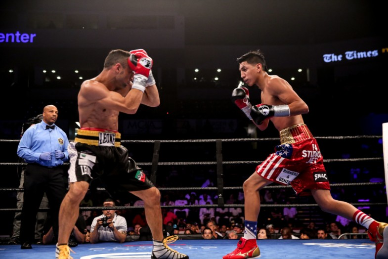 Barrios vs Boschiero_Fight_Dave Nadkarni _ Premier Boxing Champions1