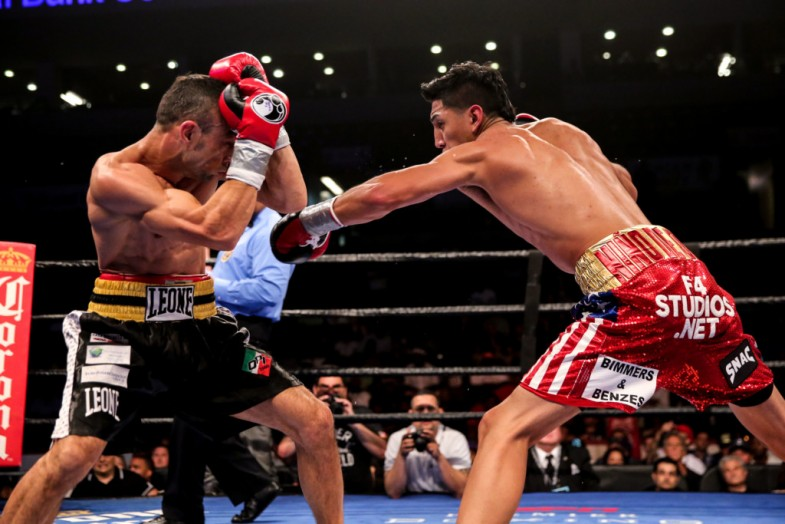 Barrios vs Boschiero_Fight_Dave Nadkarni _ Premier Boxing Champions5