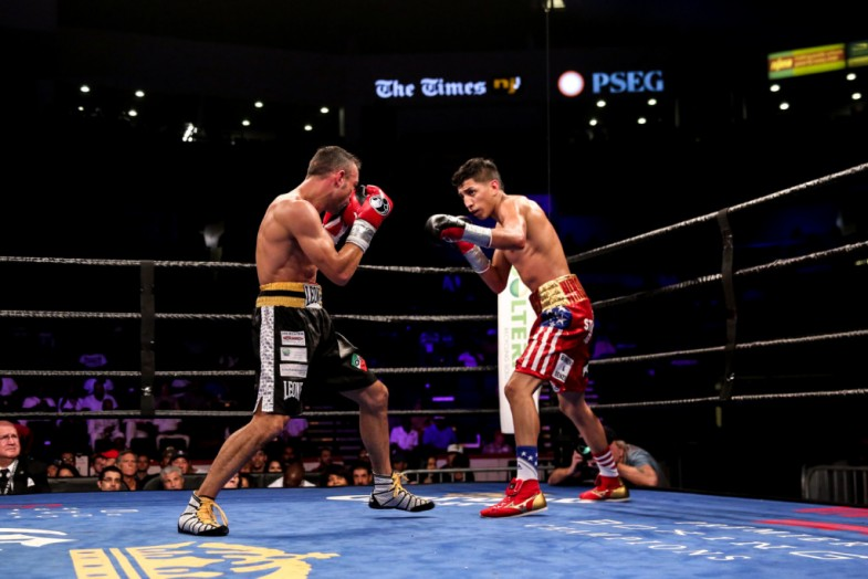 Barrios vs Boschiero_Fight_Dave Nadkarni _ Premier Boxing Champions8