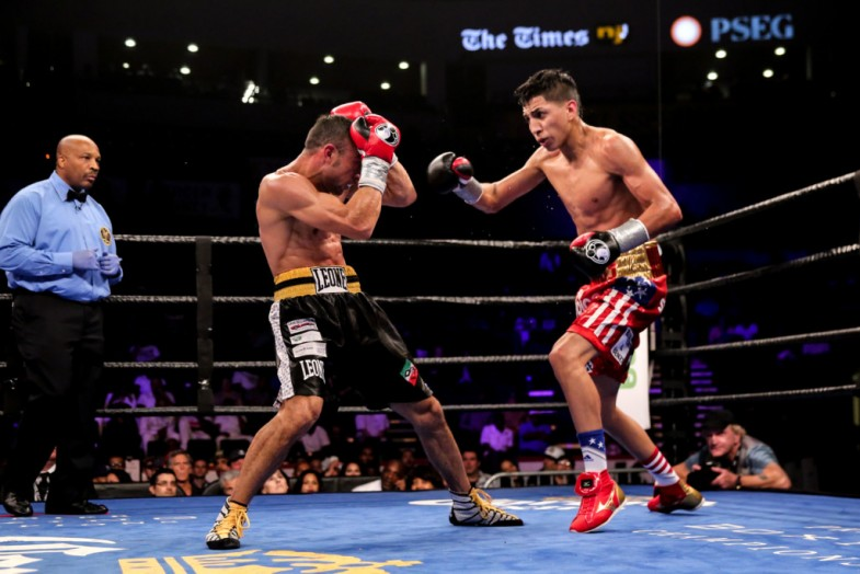 Barrios vs Boschiero_Fight_Dave Nadkarni _ Premier Boxing Champions9