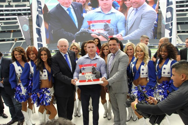 Canelo Alvarez vs. Liam Smith Dallas Presser - Jr. Barron RBRBoxing (25)