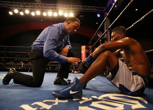 Ghvamichava vs Prescott_Fight_Andy Samuelson _ Premier Boxing Champions2