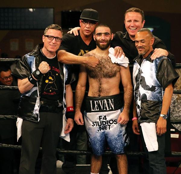 Ghvamichava vs Prescott_Fight_Andy Samuelson _ Premier Boxing Champions3