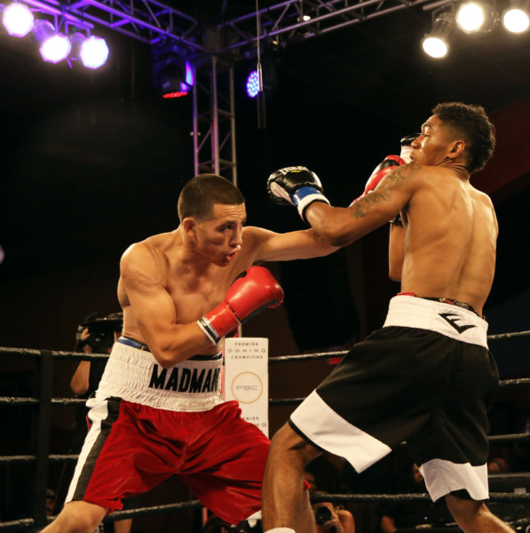 Hill vs Hernandez_Fight_Andy Samuelson _ Premier Boxing Champions