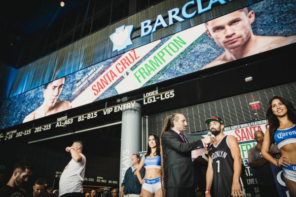 Leo Santa Cruz vs. Carl Frampton - Amanda Westcott Showtime (28)