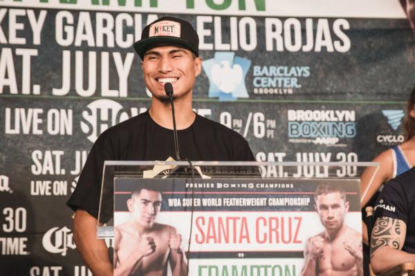 Leo Santa Cruz vs. Carl Frampton Final Presser - Amanda Westcott (10)