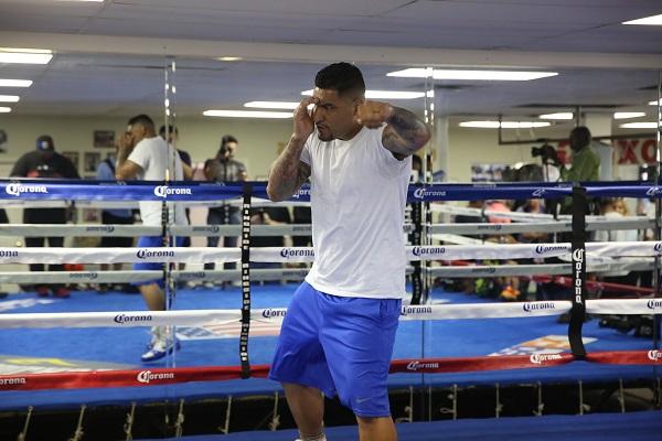 PBC on FOX 7.16.2016 - Media Workouts_Workout_Jennifer Hagler _ DiBella Entertainment _ Premier Boxing Champions10
