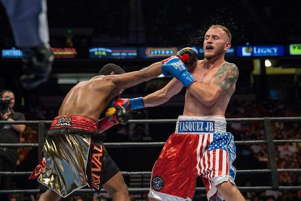 Sammy Vasquez vs Felix Diaz - July 16_ 2016_Fight_Ryan Hafey _ Premier Boxing Champions12