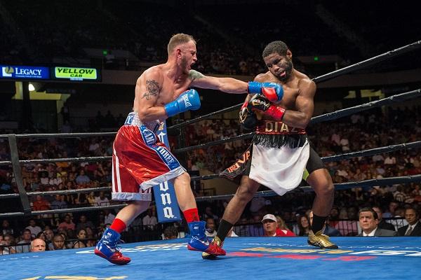 Sammy Vasquez vs Felix Diaz - July 16_ 2016_Fight_Ryan Hafey _ Premier Boxing Champions8