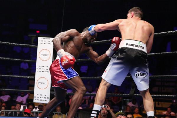 Szymanski vs Campfort_Fight_Nabeel Ahmad _ Premier Boxing Champions1
