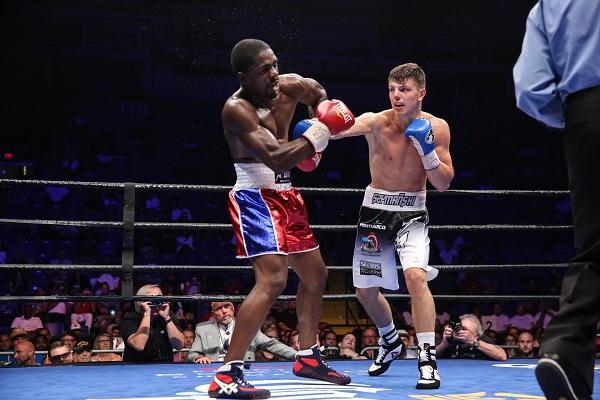 Szymanski vs Campfort_Fight_Nabeel Ahmad _ Premier Boxing Champions4
