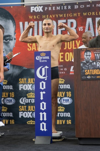 Wilder vs Arreola - Weigh-ins_Weigh-in_Ryan Hafey _ Premier Boxing Champions14