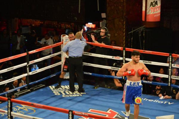 19 Jose Saucedo-10 Alexis Rocha