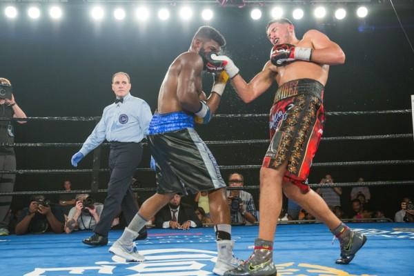 David Benavidez vs Denis Douglin - 8.5.16_08_05_2016_Fight_Ryan Hafey _ Premier Boxing Champions (1)