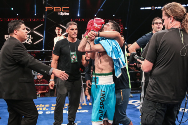 Guerrero vs Peralta_08_27_2016_Fight_Andy Samuelson _ Premier Boxing Champions2