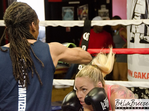 Heather Hardy - Brant Wilson RBRBoxing (1)