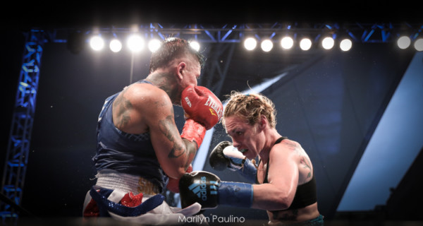 Heather Hardy vs. Shelly Vincent - MVP RBRBoxing (13)