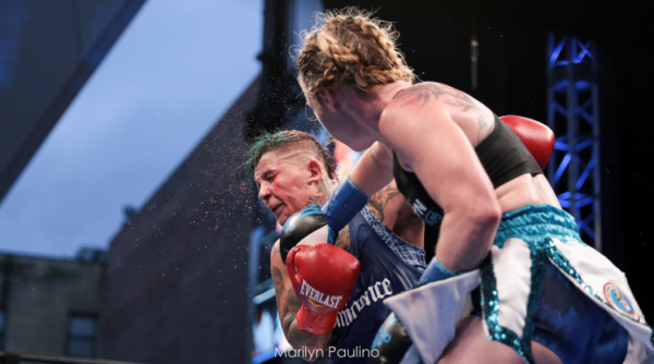 Heather Hardy vs. Shelly Vincent - MVP RBRBoxing (19)