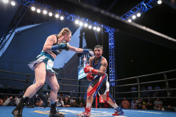 Heather Hardy vs. Shelly Vincent - MVP RBRBoxing (24)