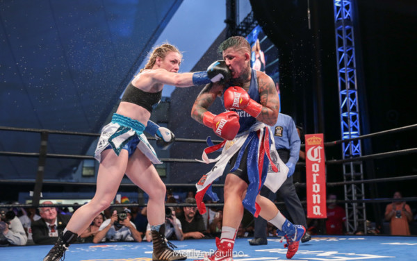 Heather Hardy vs. Shelly Vincent - MVP RBRBoxing (26)