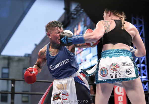 Heather Hardy vs. Shelly Vincent - MVP RBRBoxing (9)
