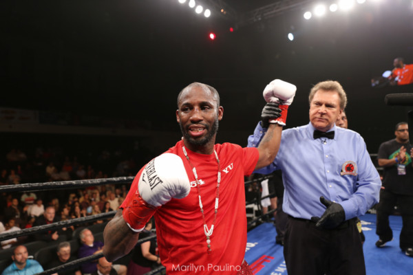 Jamal James vs. Yordenis Ugas - MVP RBRBoxing (15)