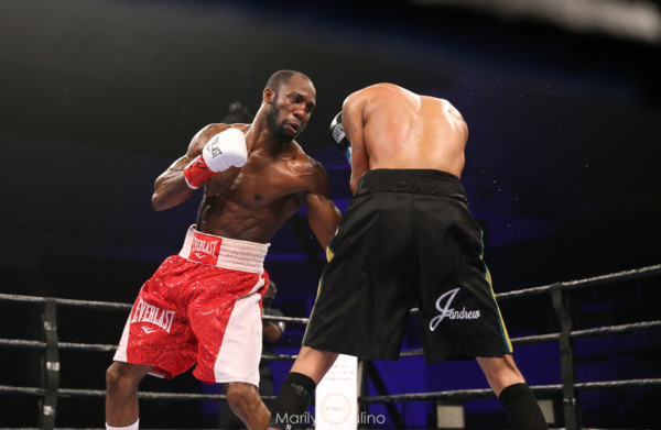 Jamal James vs. Yordenis Ugas - MVP RBRBoxing (3)